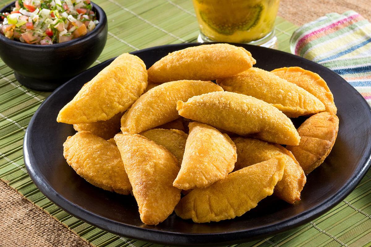 Empanadas vallunas hechas con productos Doñarepa