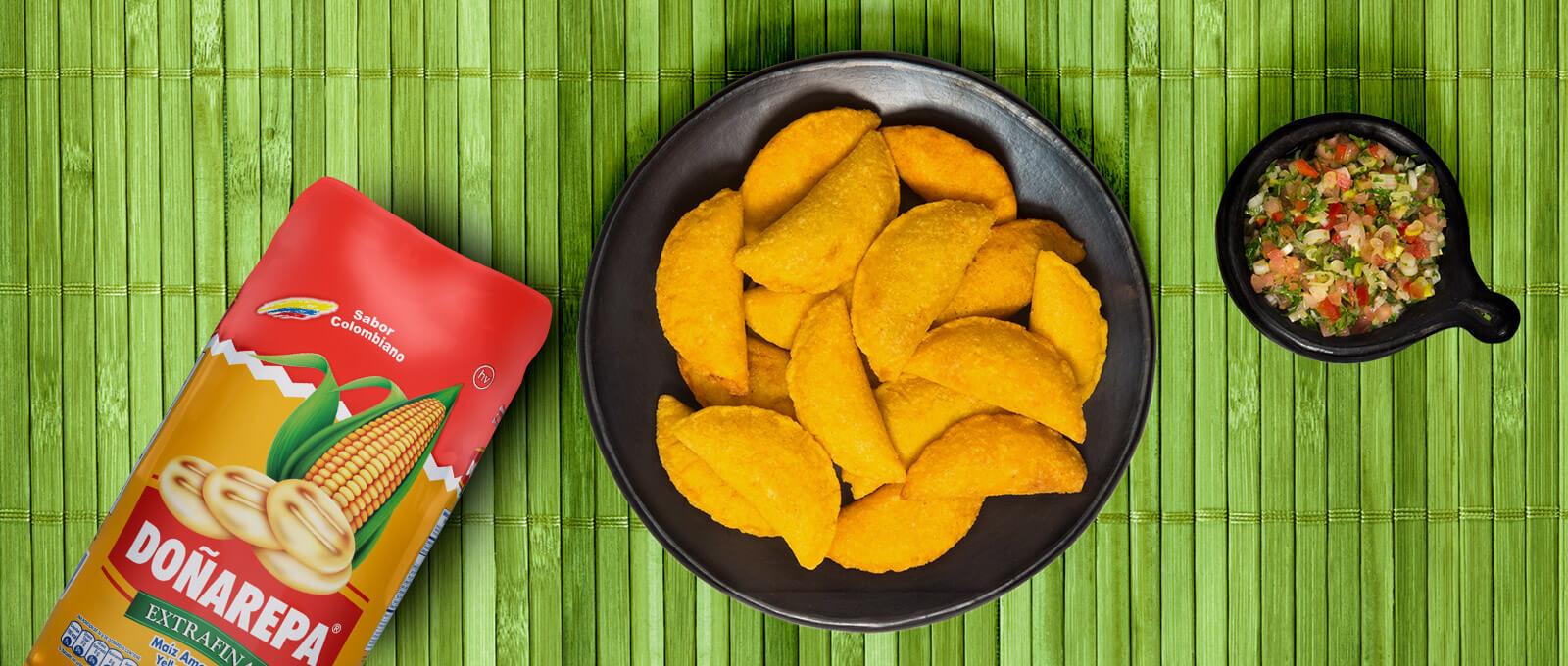 Harina de maíz amarillo de Doñarepa para hacer empanadas